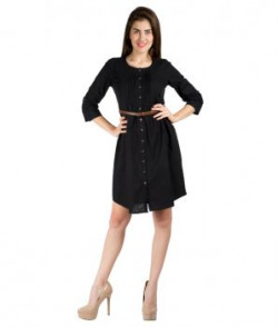 109 F Black Round Neck Solid Dresses