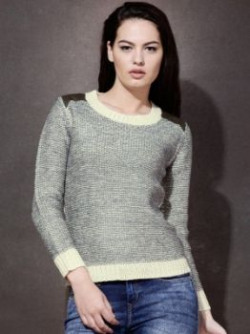Roadster Solid Round Neck Women Grey Sweater