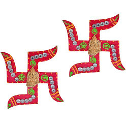 Jaipuri haat Diwali Decoration Swastik in wooden and Kundan Minakari Cone Work in Pair (Set of 2)