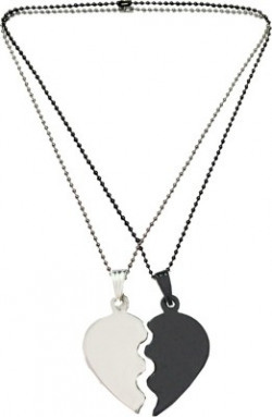 Rich & Famous Friendship Day Special Broken Heart One for me & One For U Alloy Pendant Set