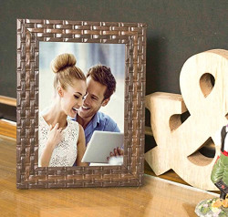 Art Street Brown Bar Table Wood Photo Frame (Photo Size 5x7 inches, Brown)