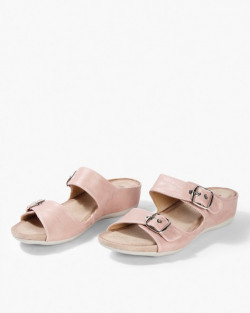 Redtape shoes up to 80%off starting @539 Rs