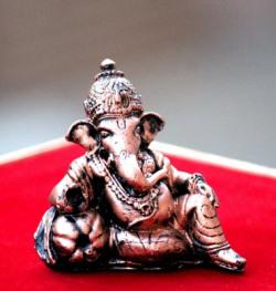 Craft Junction Handcrafted Lord Ganesha Idol for car dashboard Decorative Showpiece  -  8 cm(Polyresin, Brown)