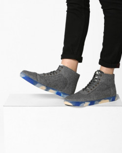 Ajio - Steal Of The Day Upto 87% off Min.50% off on Footwears