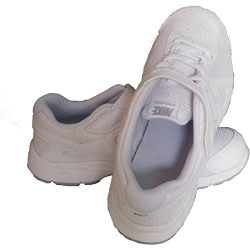 Nike Shoes upto 75% off starting @ 789