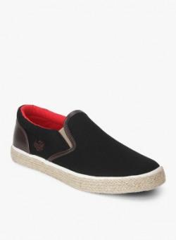 Top Brands Men's Footwear Minimum 80% off from Rs.379 @ Flipkart