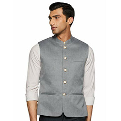 75% Off On Top Brand Suits & Blazers.